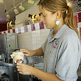 Photo of ice cream cone being prepared at UConn's Dairy Bar